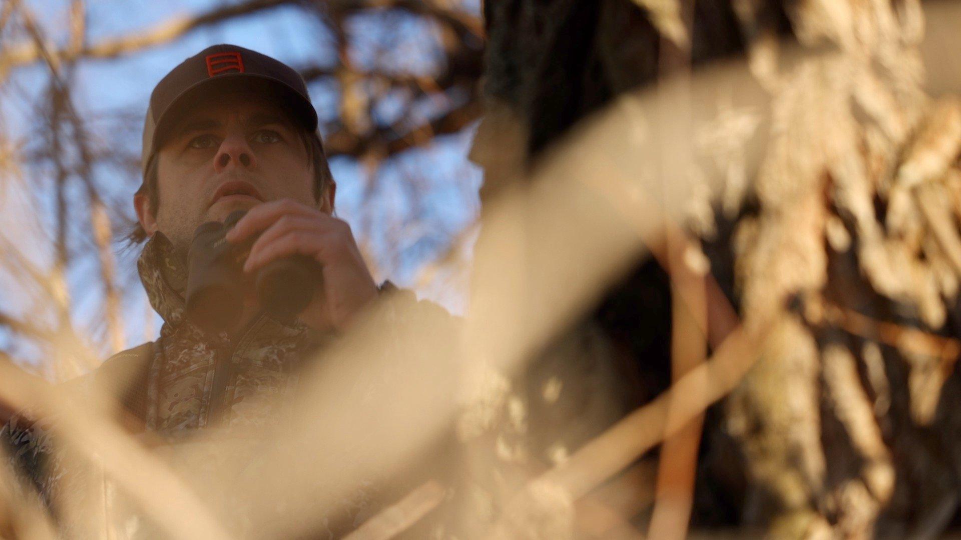 Blake Glassing On A Tree (3)